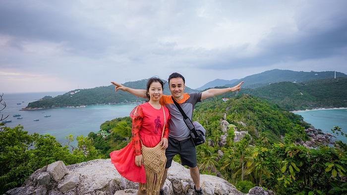 Tận dụng chiến dịch kích cầu du lịch nội địa của chính phủ, 2 vợ chồng người Việt du lịch khắp Thái Lan