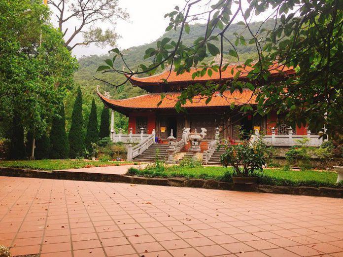 Chùa Lôi Âm -  điểm đến tâm linh đẹp nao lòng của vùng đất Quảng Ninh