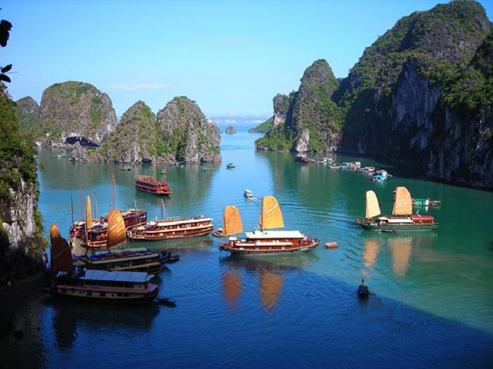 """Tổng hợp kinh nghiệm du lịch vịnh Lan Hạ – hòn """"đảo ngọc thiên đường"""" tại Hải Phòng"""