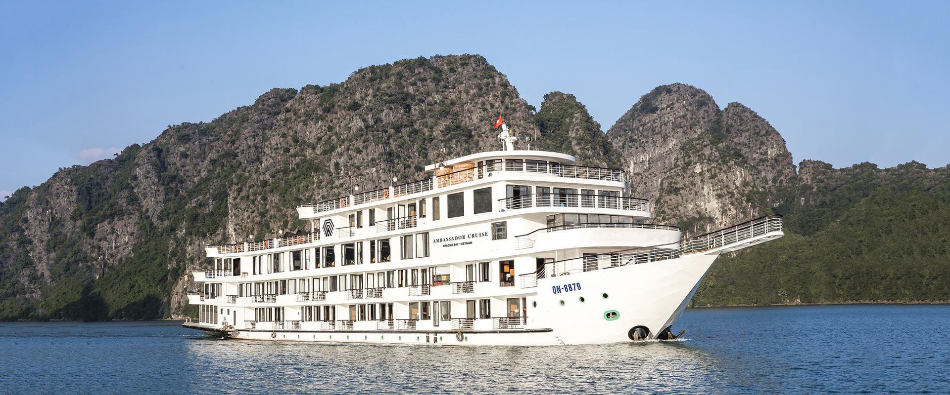 Review tour du thuyền Hạ Long giá rẻ tốt nhất năm 2021