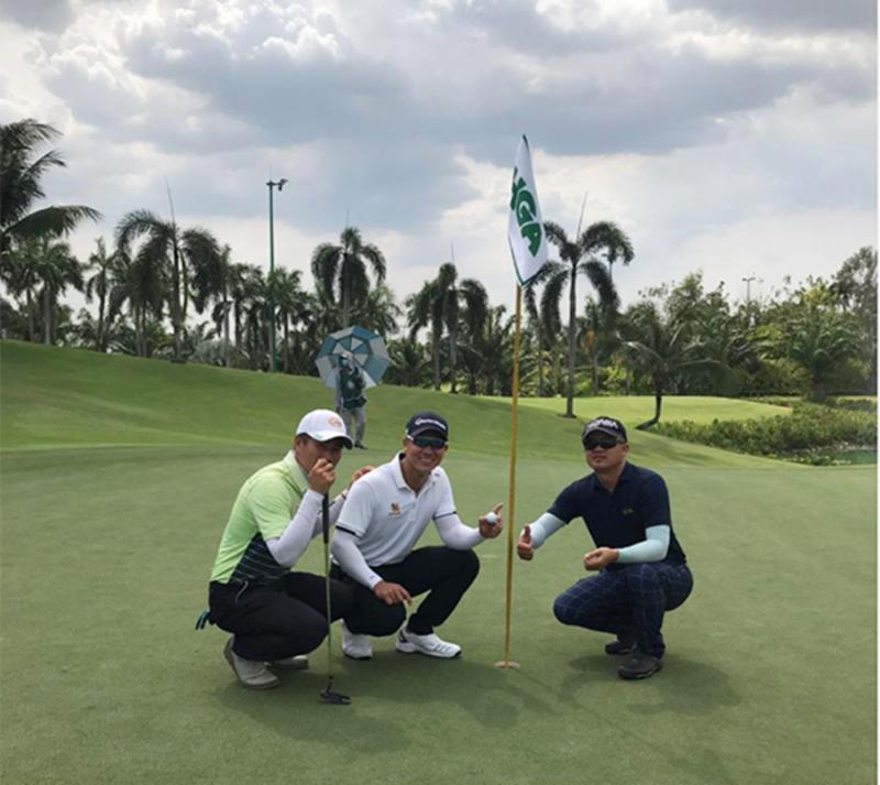 Ghi Hole in One, Duy Nhất dẫn đầu bảng Pro giải TP Hồ Chí Minh Mở rộng