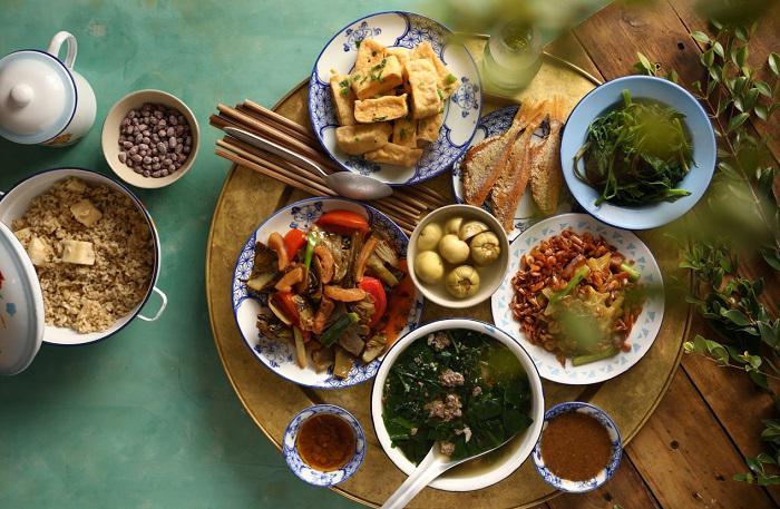 50 quy tắc trên mâm cơm Việt- liệu có mấy ai còn nhớ