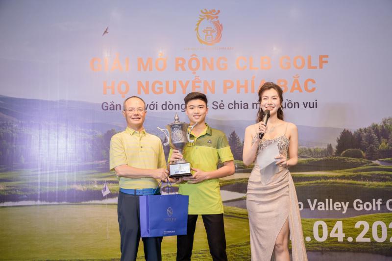 Nguyễn Quang Trí vô địch giải CLB Golf Họ Nguyễn phía Bắc mở rộng