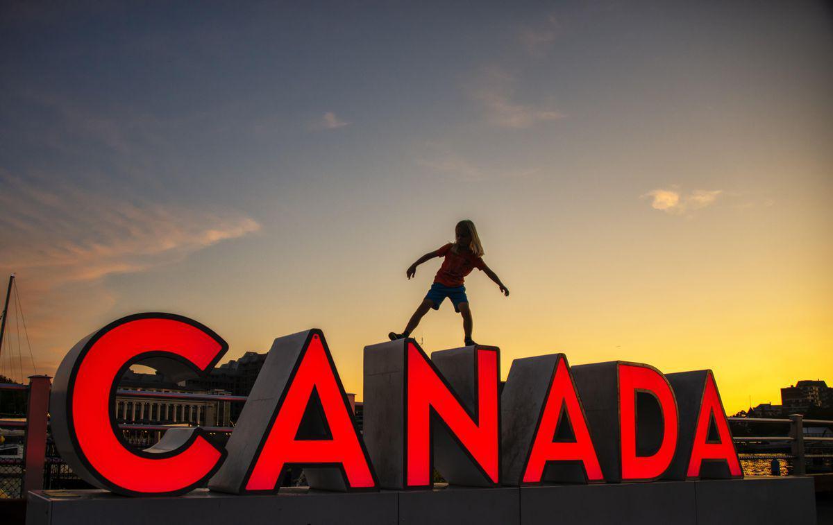 Cách nộp hồ sơ xin Visa Canada   Viet Green Visa