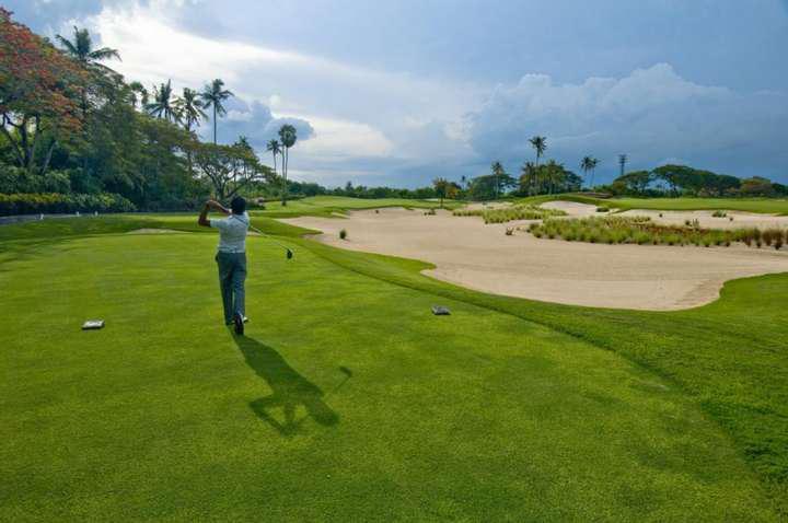 Nghỉ dưỡng và play golf tại VinOasis Phú Quốc