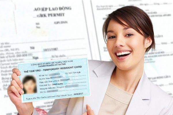 Người nước ngoài có thẻ tạm trú được miễn thị thực vào Việt Nam