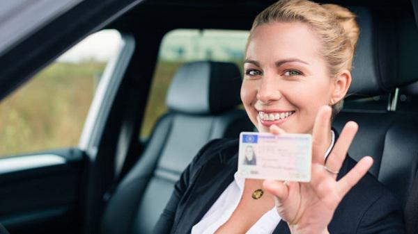 Quy định thi, đổi bằng lái xe quốc tế cho người nước ngoài tại Việt Nam