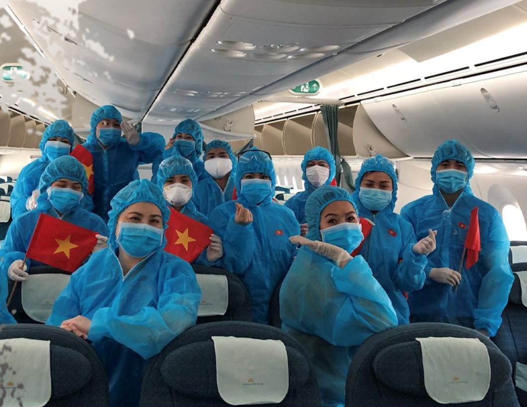 (New) Chuyến bay từ Nhật Bản về Việt Nam tháng 7 & tháng 8