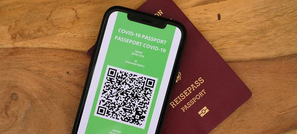 Việt Nam chuẩn bị công nhận 'hộ chiếu vắc xin' của các nước