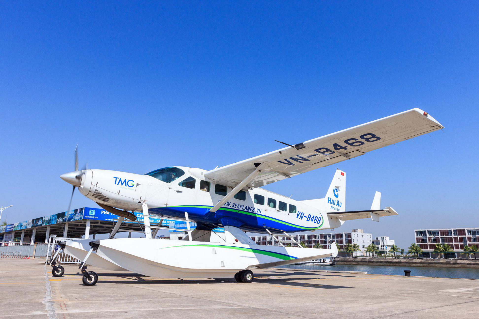 Tour Bay Thủy Phi Cơ chatter trọn chuyến chỉ 750k/người