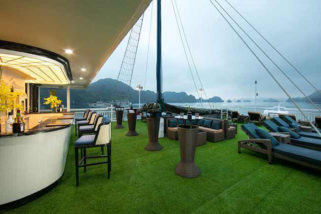 Tour Hạ Long 2N1Đ trên du thuyền 5 sao Lapinta Luxury