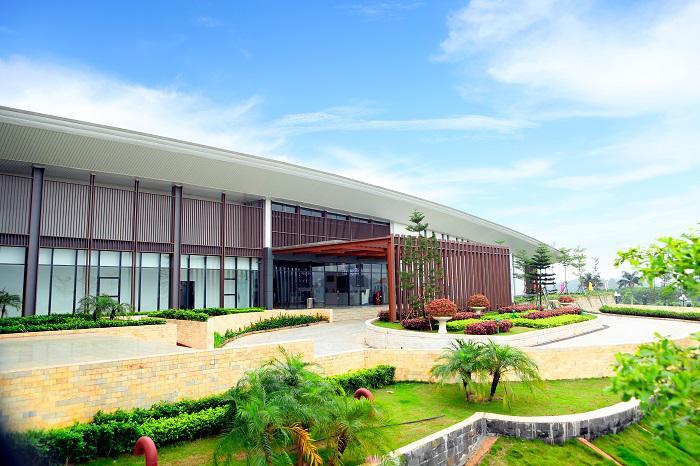Đặt tee off Royal Golf Club Ninh Bình 18 hố - cuối tuần