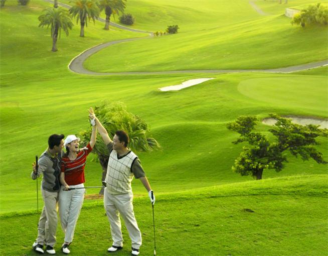 Sân Golf Đồng Nai Golf Resort 27 lỗ trong tuần