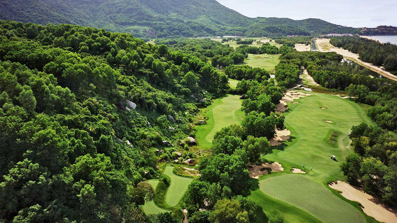 Tour Goft kết hợp nghỉ dưỡng Laguna Lăng Cô - Sân Golf Tốt nhất Việt Nam