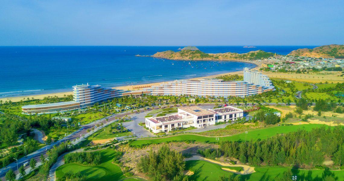 Combo chơi golf và nghỉ tại The Crown Retreat Resort Quy Nhơn