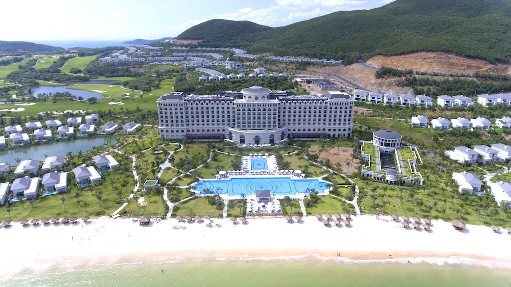 Chơi golf tại thiên đường nghỉ dưỡng Nha Trang