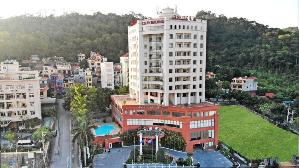 Khách sạn Asean Hotel 4 sao cách ly tại Quảng Ninh
