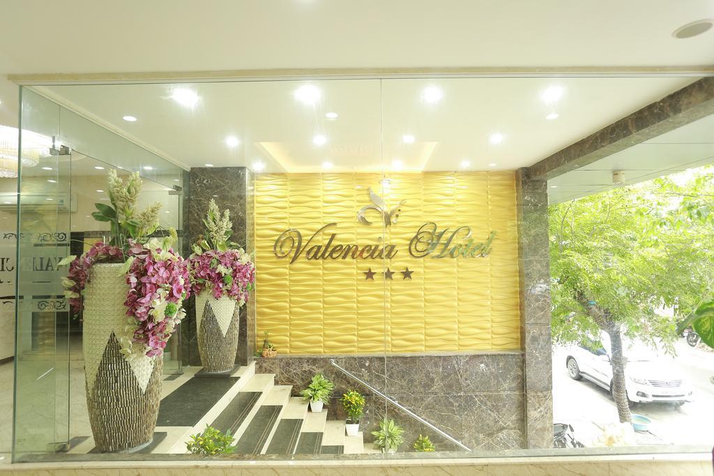 Khách sạn Valencia Hotel 3 sao cách ly tại Đà Nẵng