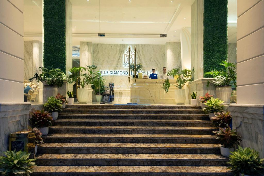 Khách sạn Blue Diamond Luxury Hotel 3 sao cách ly tại Sài Gòn