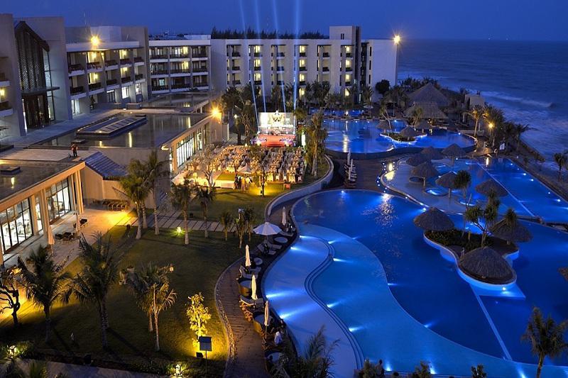 Khách sạn Vietsovpetro Resort Hồ Tràm 4 sao cách ly tại Vũng Tàu
