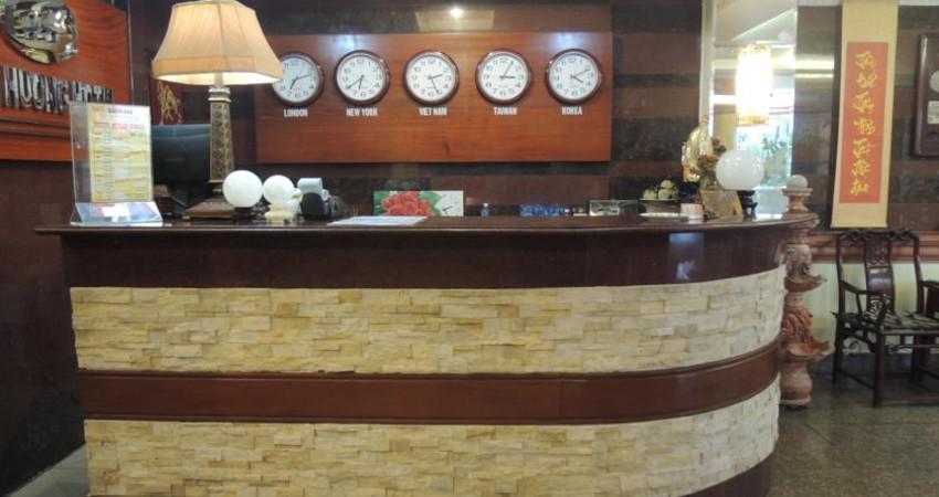 Khách sạn Hưng Hương Hotel 2 sao cách ly tại Tân Bình Hồ Chí Minh