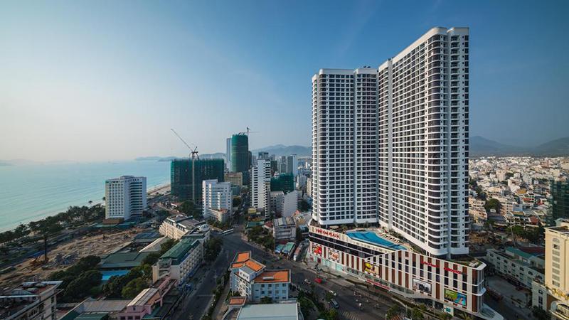 Khách sạn 5 sao Vinpearl Condotel Empire Hotel cách ly tại Nha Trang