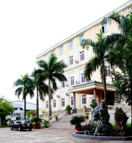 Khách sạn Thăng Long Hotel cách ly tại Hưng Yên
