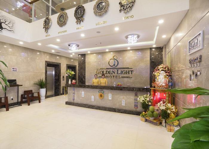 Combo Đà Nẵng 3N2Đ - Khách sạn Golden Light 3* + Vé máy bay