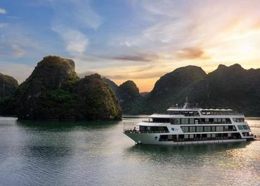Tour du thuyền Madeline Hạ Long 2 ngày 1 đêm