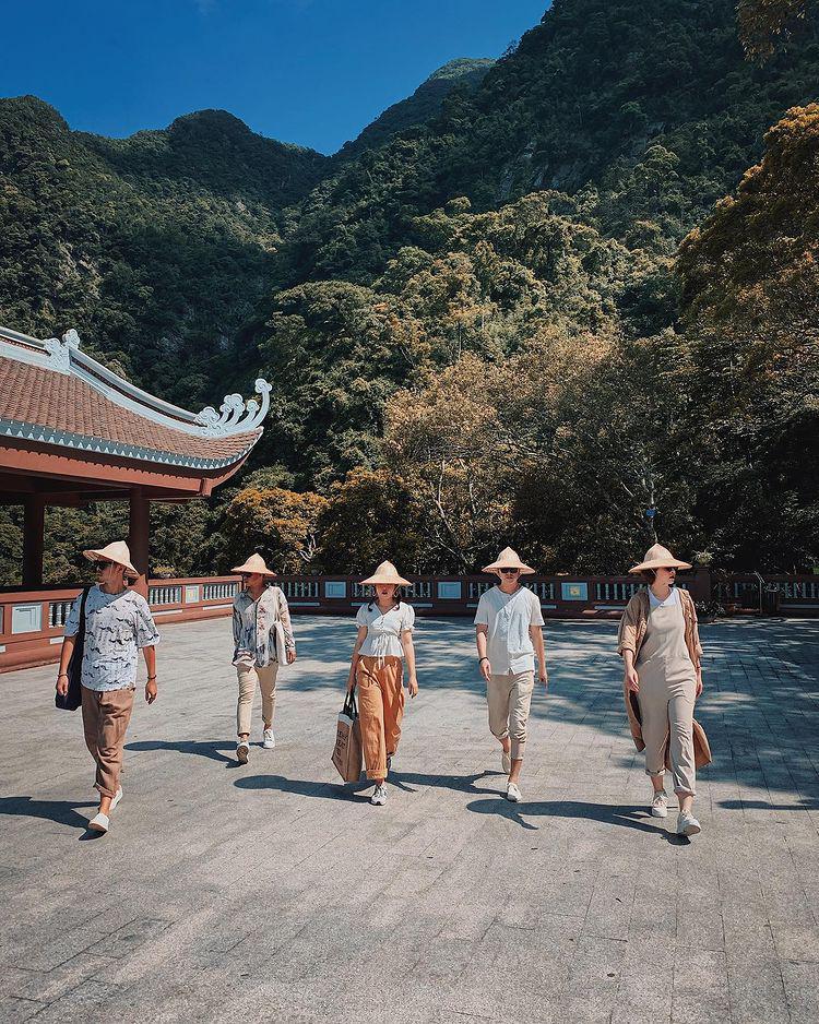 Tour Yên Tử Chùa Ba Vàng 2N1Đ   Hành hương chiêm bái đức Phật