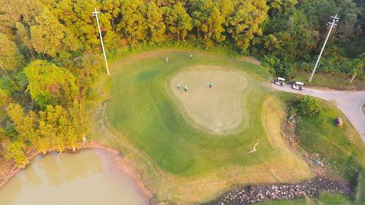 Sân Golf Đại Lải Star Golf & Country Club tiêu chuẩn 18 lỗ trong tuần
